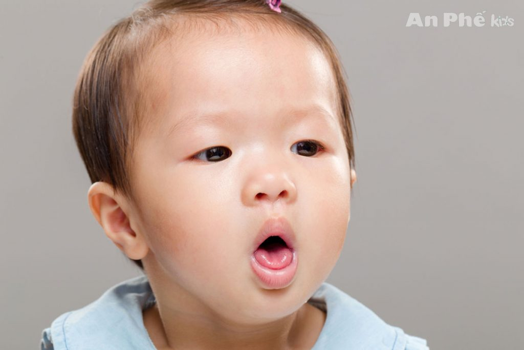 Điểm danh những triệu chứng viêm phế quản cấp ở trẻ - Ảnh 1